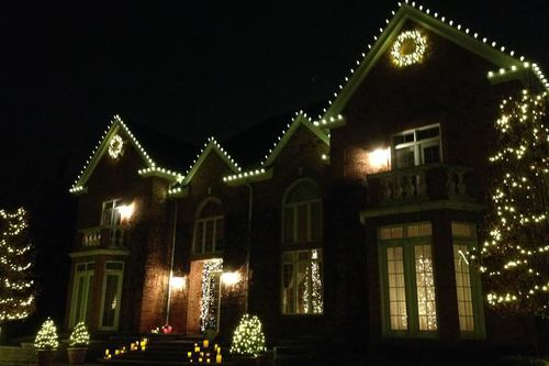 Residential Christmas Light Installation Ann Arbor